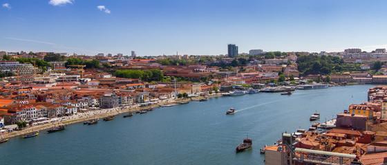 Fleuve Douro. Porto. Vila Nova de Gaia.