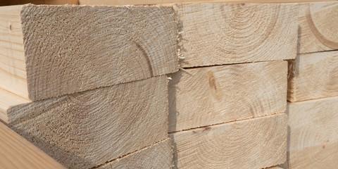 Bauholz für Konstruktionen - Massivholz Fichte