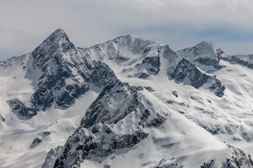Sommet de Rocher Blanc , Les Alpes en hiver , chaîne de Belledonne , vallée d' Allevard, Isère , France