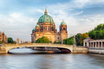 Fotobehang Berlijn Berlin Cathedral (Berliner Dom) reflected in Spree River, Germany
