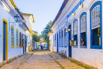 Deurstickers Brazilië Street of historical center in Paraty, Rio de Janeiro, Brazil. Paraty is a preserved Portuguese colonial and Brazilian Imperial municipality.
