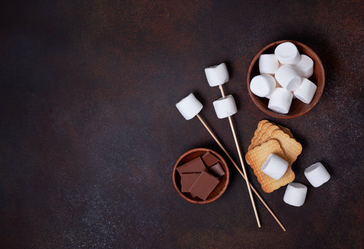 ingredients for cooking smore