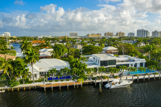 Luxury waterfront mansions Fort Lauderdale FL