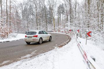 Autofahren im Winter, Winterreifen - Reifenwechsel