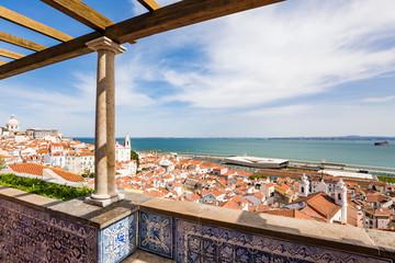 Stadtviertel Alfama, Tejo, Stadtansicht, Lissabon