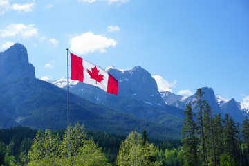 Rocky mountains at Canmore, Alberta, Canada, Canadien flag, Nordic Centre Fototapete
