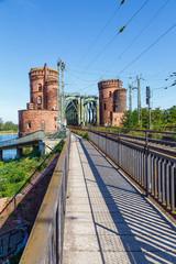 Mainz: Brückenkopf der Südbrücke (Eisenbahnbrücke). 19.09.2019.