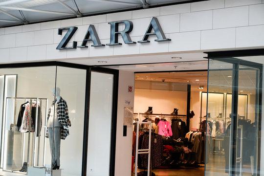 Zara Retail Store Exterior shop Logo