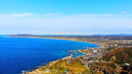 絵画の様に真っ青な海の風景