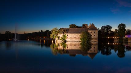 Wasserschloss Flechtingen zur blauen Stunde