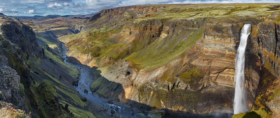 Keuken foto achterwand Grijze traf. Haifoss Waterfall and gorge Panorama in the Highlands, Iceland