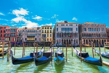 Foto op Aluminium Gondolas Venice Grand Canal with gondolas and ancient buildings. Italy.