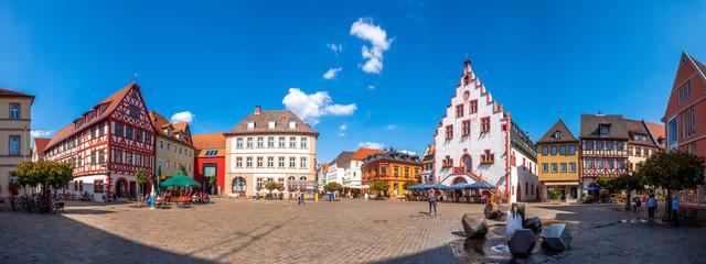 Panorama, Marktplatz mit historischem Rathaus, Karlstadt am Main, Deutschland Fototapete