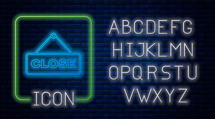 Glowing neon Hanging sign with text Close icon isolated on brick wall background. Business theme for cafe or restaurant. Neon light alphabet. Vector Illustration