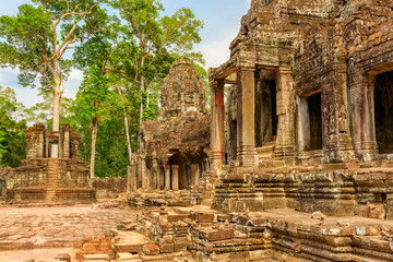 Wall Mural - Awesome view of scenic ancient Bayon temple in Angkor Thom