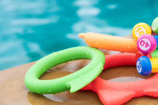 Diving toy kids game for play in swimming pool