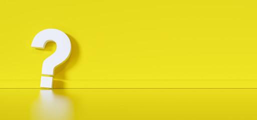 Fragezeichen vor gelber Wand mit Textfreiraum