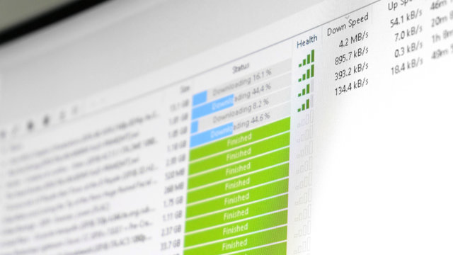 torrent download speed - software client is downloading multiple files