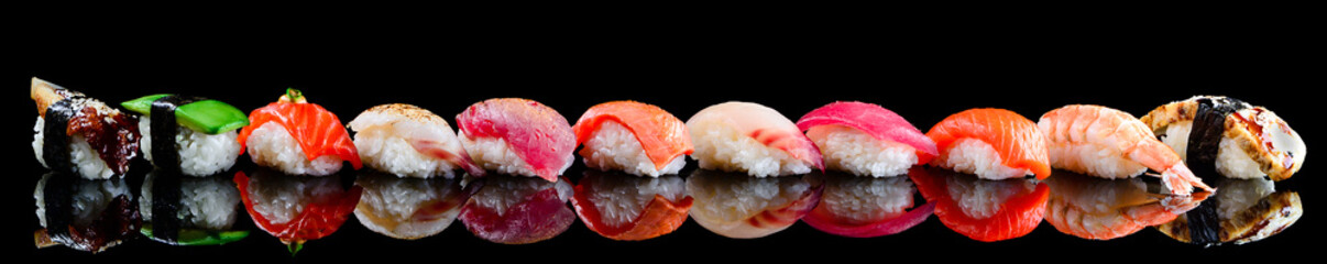 Foto op Plexiglas Sushi bar sushi set nigiri on a black background