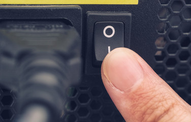 Finger switching on power supply system of PC