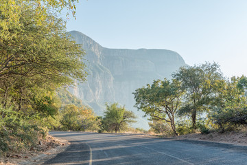 Road to the Blyderivierspoort Dam