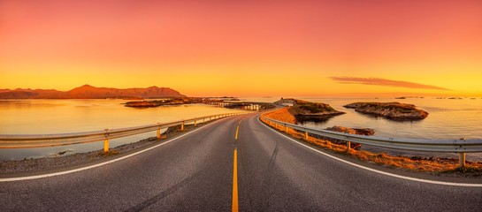 Atlantikstraße in Norwegen - Panorama Fotomurales