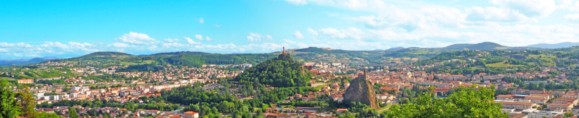 Superb panoramic view of the city of Le Puy en Velay