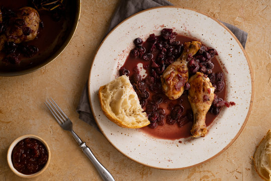 Roasted chicken with grapes and coriander