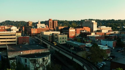 Fotomurales - Late Afternoon Sunshine Hits Buildings and Architecture in Morgantown WV