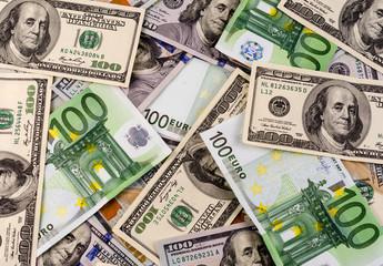 International currencies. euro vs dollar