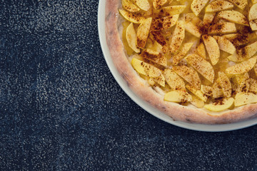 apple cinnamon pizza