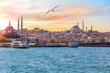 Photo sur Toile Con. Antique The Suleymaniye Mosque and the Rustem Pasha Mosque, view from the Bosphorus, Istanbul, Turkey