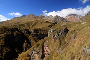 Foto auf Gartenposter Reflexion Caucasus Mountains, View from Georgian Military Road, Georgia