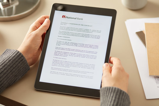 Client reading agreement contract of bank