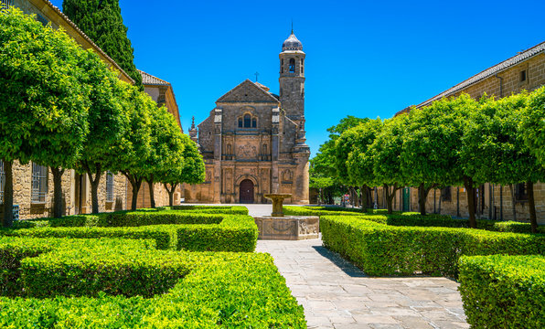 """Summer sight in Ubeda with the beautiful church """"Sacra Capilla del Salvador"""". Jaen, Andalusia, Spain."""