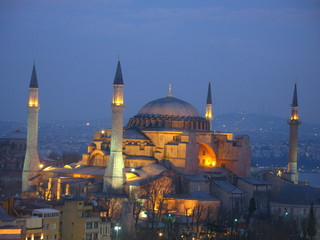 Hagia sophia in the evening in Istanbul turkey