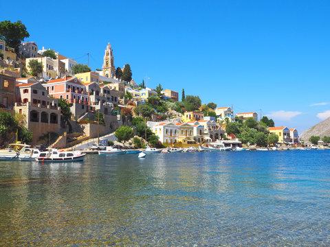 Die griechische Inseln Symi
