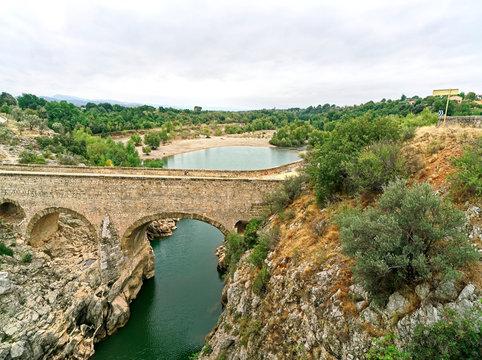 Le pont du Diable à Saint-Jean-de-Fos