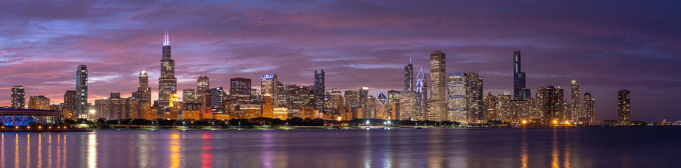 Foto op Canvas Panoramafoto s Chicago downtown buildings skyline panorama