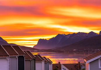Printed kitchen splashbacks Eggplant sunset over Tromso