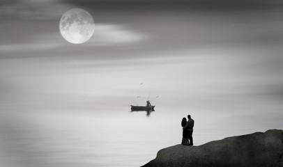 Wall Mural - escena romantica de una pareja de enamorados mirando el mar