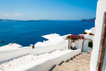 Aluminium Prints Santorini White cycladic architecture and blue sea on Santorini island, Greece. Summer holidays, travel destinations concept