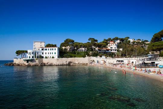 A villa on the beach at Plage Le Bestouan, Cassis, Bouches-du-Rhône, Provence-Alpes-Côte d'Azur, Southern France, France, Europe