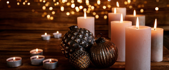 Fototapeta Christmas ornaments with golden lights obraz