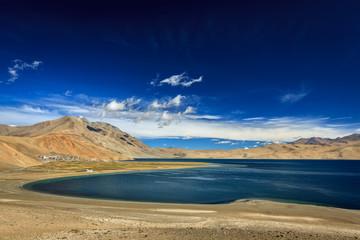 Wall Mural - Lake Tso Moriri in Himalayas, Ladakh