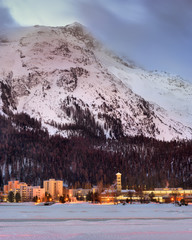 Fotomurales - View of St Moritz in the Morning, Switzerland