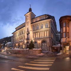 Fotomurales - Panorama of Via Quadrellas and St Moritz Library in the Evening, St Moritz, Switzerland