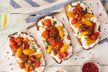 Roasted Heirloom Tomatoes and Ricotta Cheese Toast