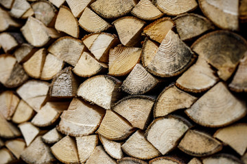 Poster de jardin Texture de bois de chauffage Wall of stacked wood logs as background. Pile of wood logs ready for winter