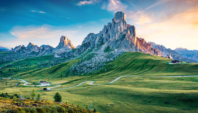 Breathtaking morning view of peak Ra Gusela, Averau - Nuvolau group from Passo di Giau. Exciting summer sunrise in Dolomiti Alps, Cortina d'Ampezzo location, South Tyrol, Italy, Europe.